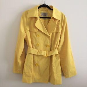 London Fog Raincoat - Size Large - Yellow